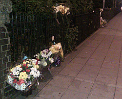 Growing floral tribute to Mark Duggan in #Tottenham Hale #londonriots from Twitpic